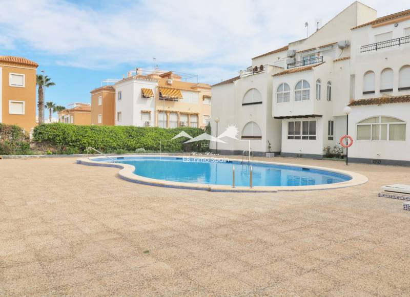 Apartment - Resale - Torrevieja - Los Naufragos